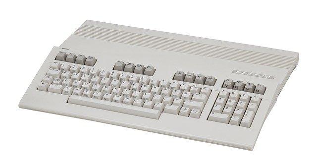Czy warto zwrócić uwagę na stare komputery i konsole?